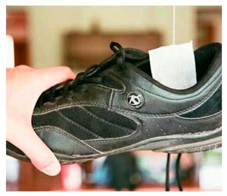 как убрать плохой запах из обуви
