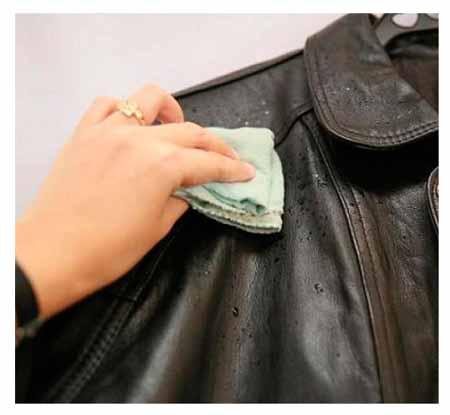 Как убрать запах пота с кожаной куртки